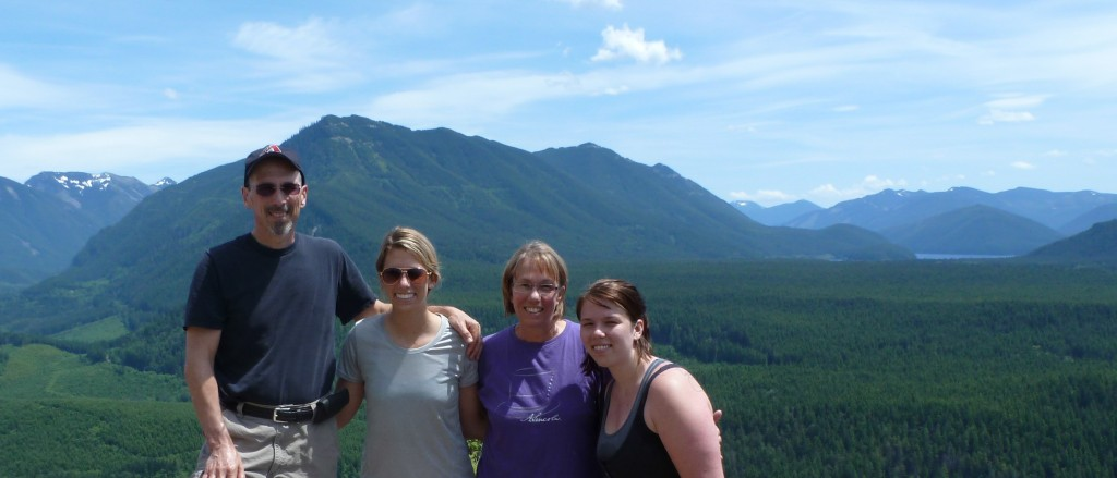 On top of Rattlesnake Ledge in the Cascades
